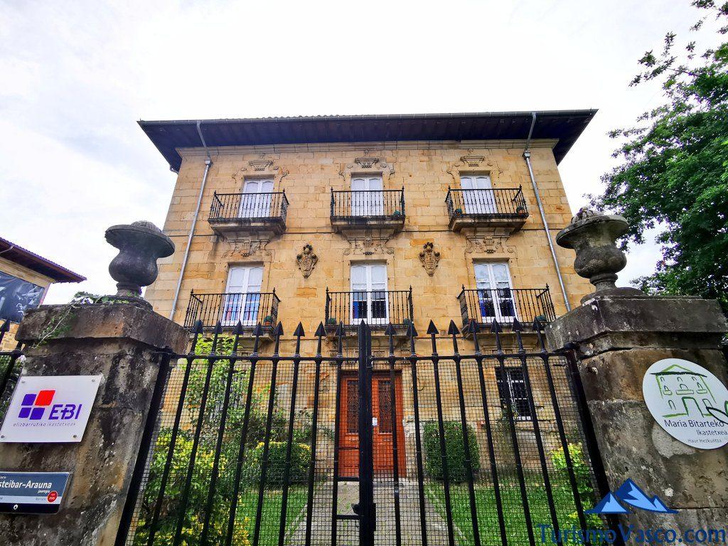 palacio Esteibar-Arauna elorrio, Elorrio que ver