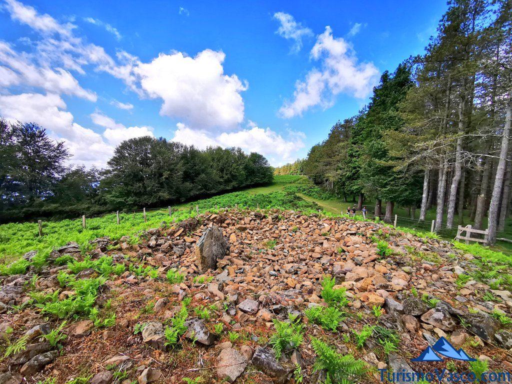tumulo Irukurutzeta, ruta de los dolmenes Karaketa Irukurutzeta