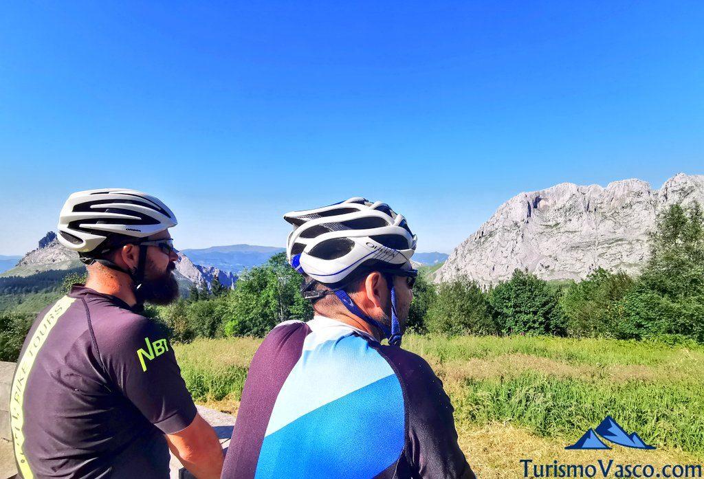 vistas urkiola, rutas en bici en euskadi, cicloturismo en euskadi