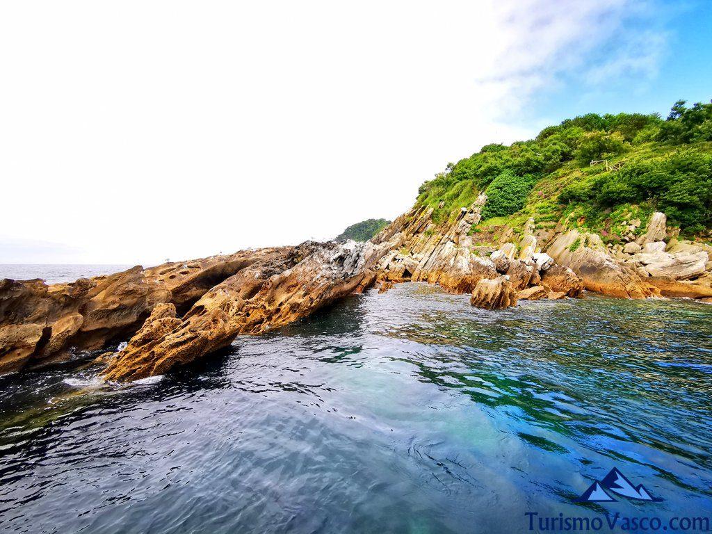 flysch isla santa clara, isla de donostia san sebastian
