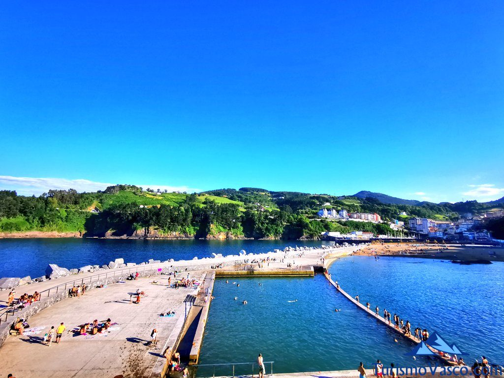 piscina y playa de Mutriku, Mutriku que ver