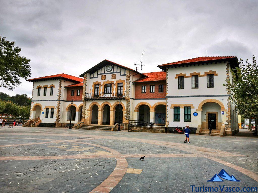 ayuntamiento de Plentzia, que ver en Plentzia