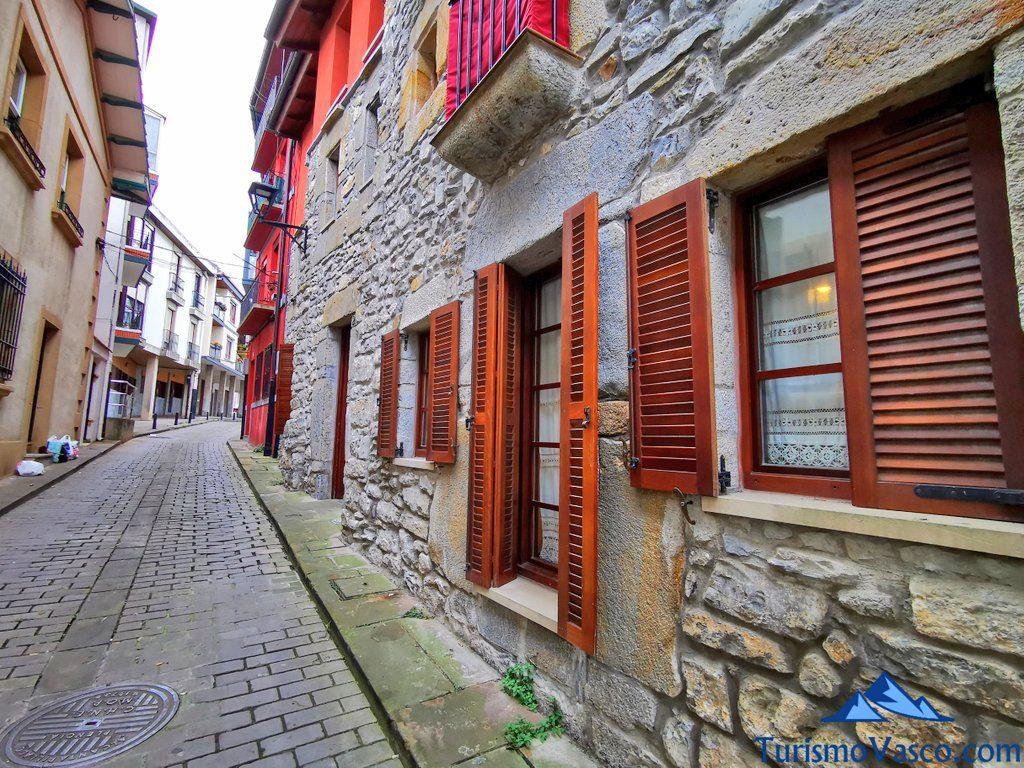 calle casco historico de plentzia, plentzia que ver y hacer