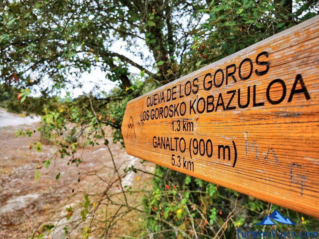 cueva de los goros señal, ruta cueva de Los Goros