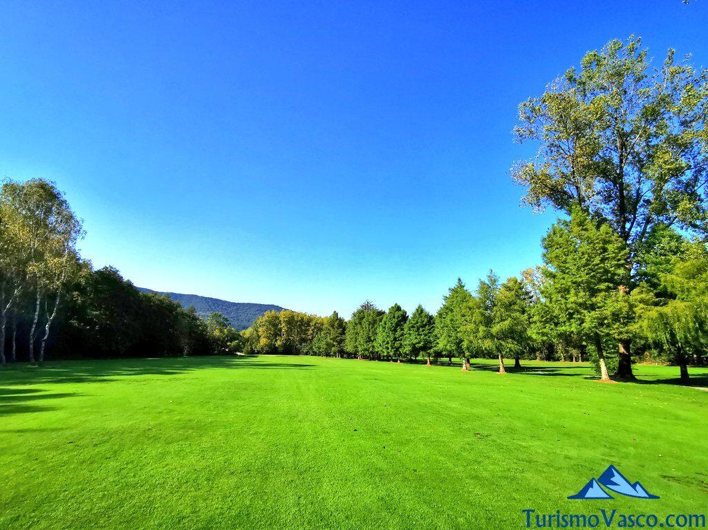 hoyo 17 del real golf club de san sebastian, jaizkibel, hondarribia, golf en euskadi