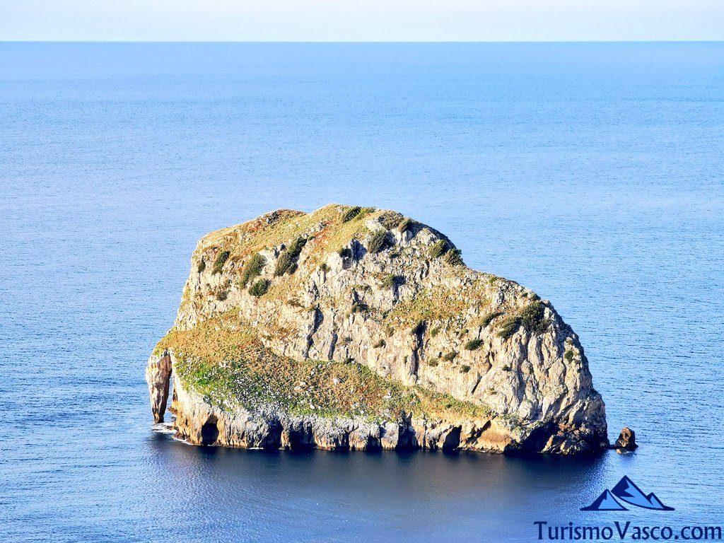 isla de akatz, san juan de gaztelugatxe