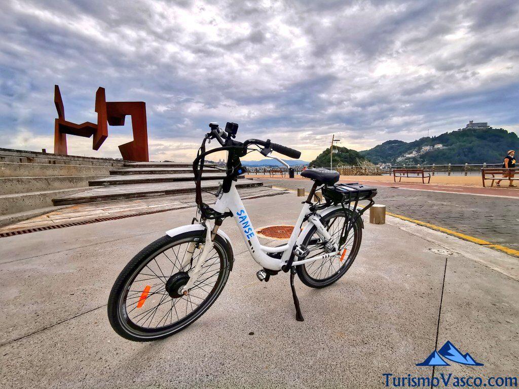 paseo nuevo, alquiler de bicicletas en Donostia San Sebastian
