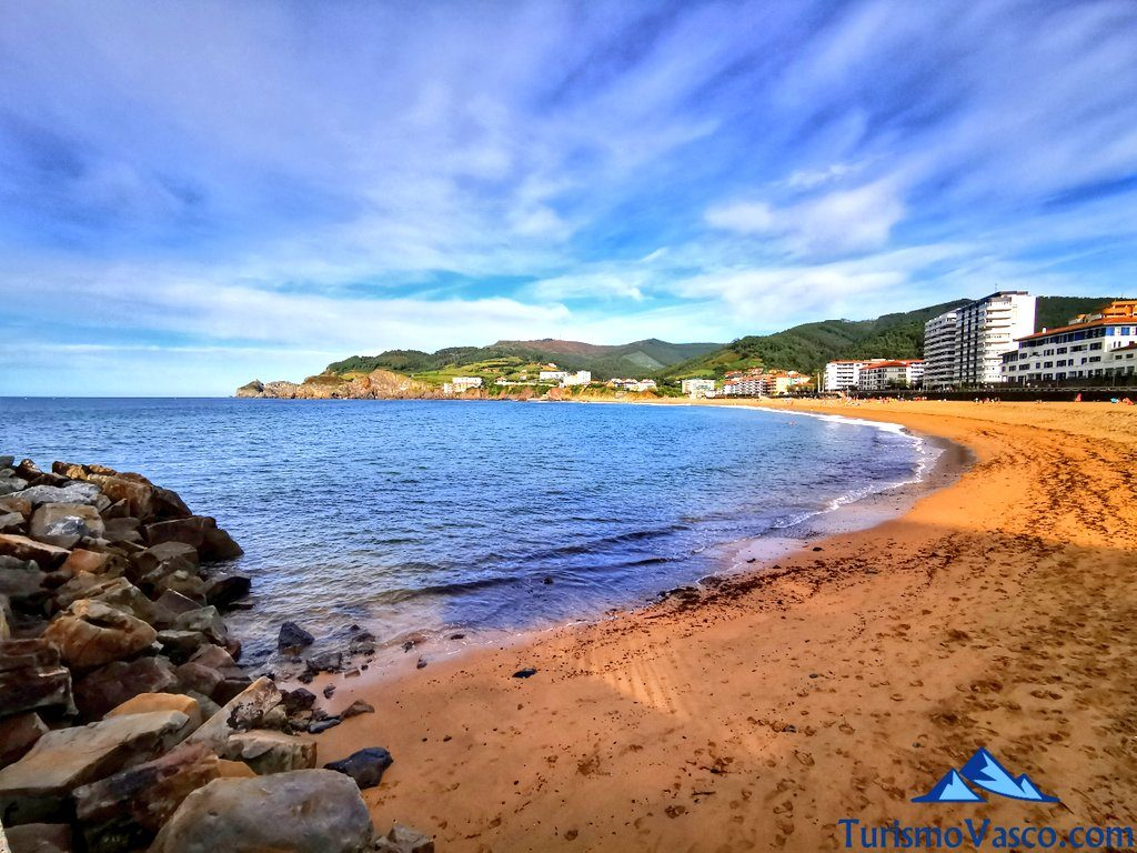 playa de Bakio en verano, Bakio que ver y hacer