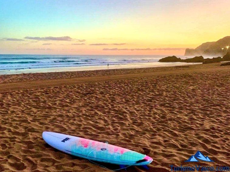 tabla de surf en Bakio, Bakio que ver y hacer