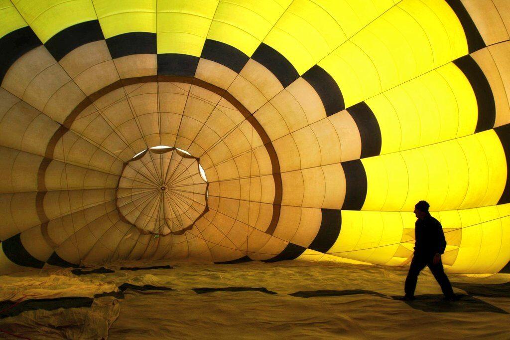 interior del globo, vuelos en globo en Euskadi