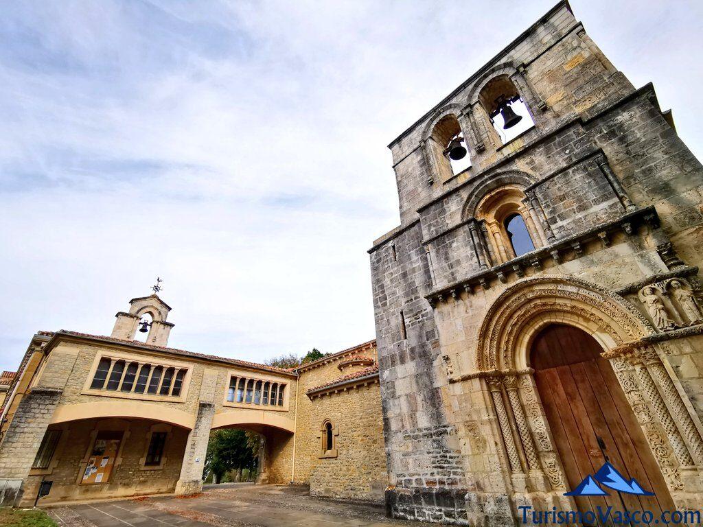 puerta santuario de estibaliz, Santuario de Estibaliz