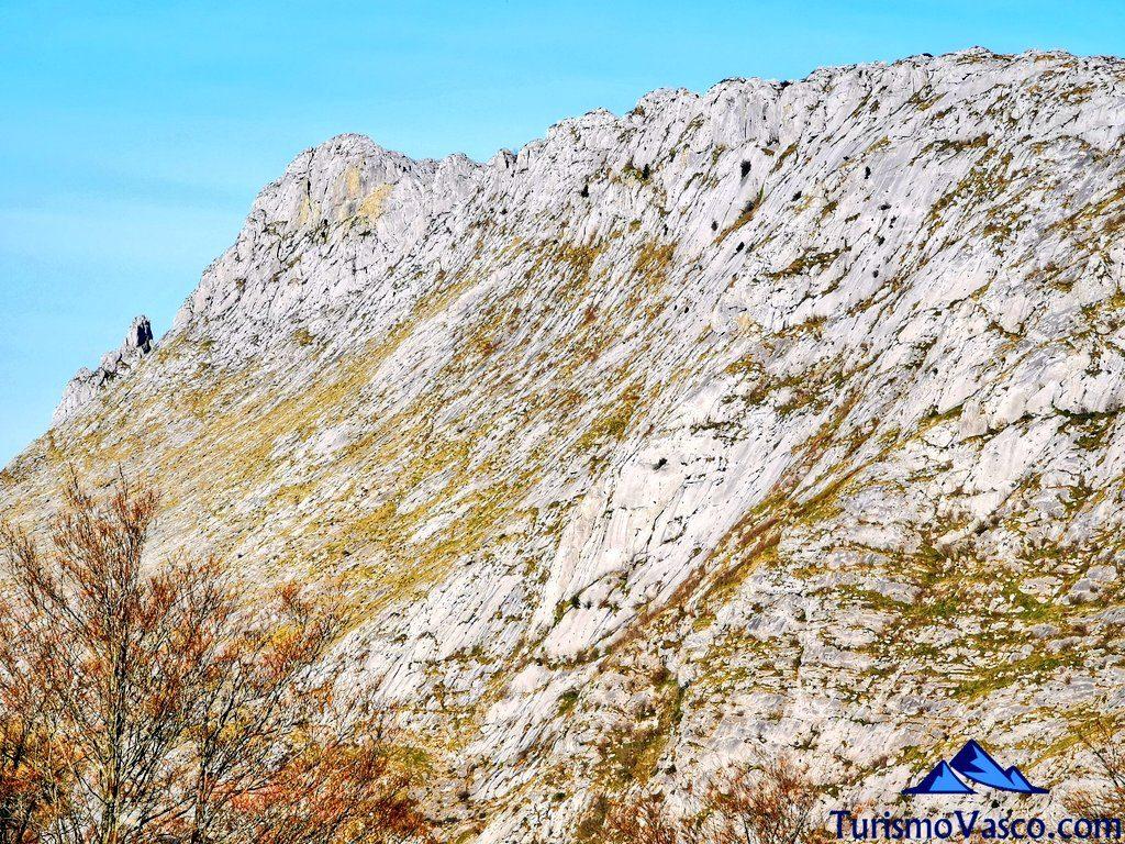 itxina, cascada de Belaustegi, Orozko