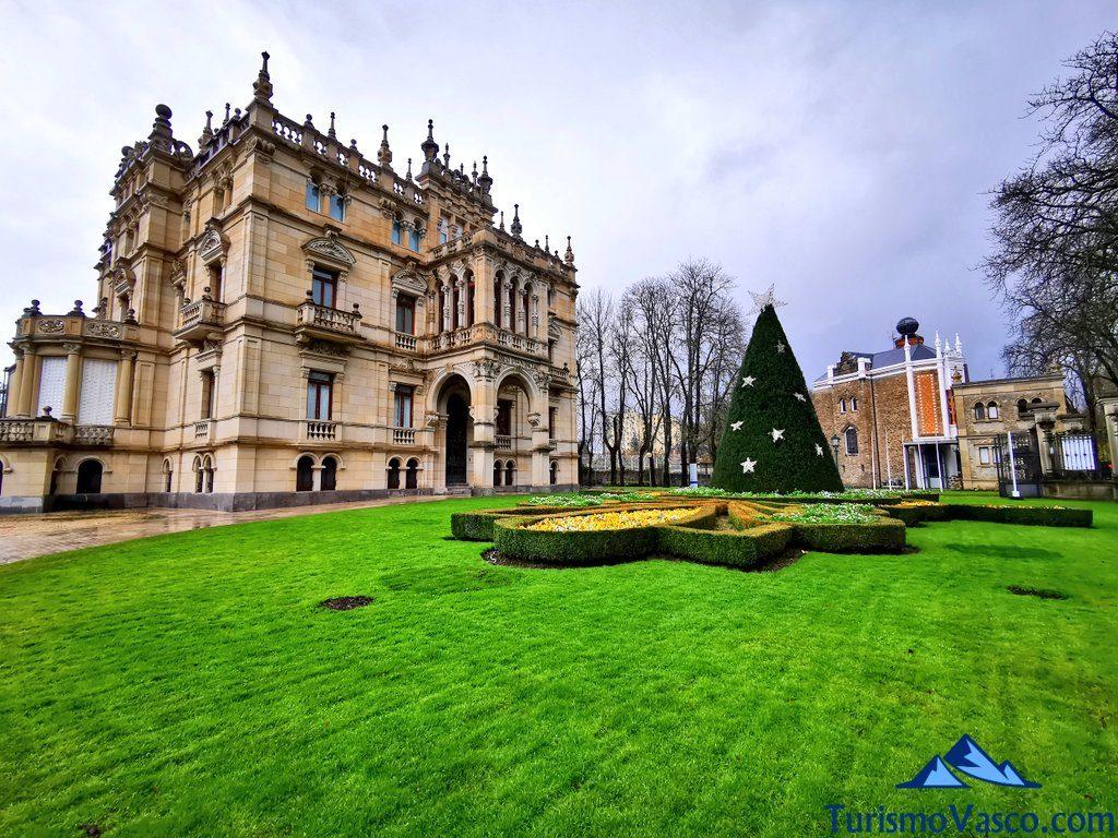 exterior museo bellas artes, que ver en Vitoria Gasteiz