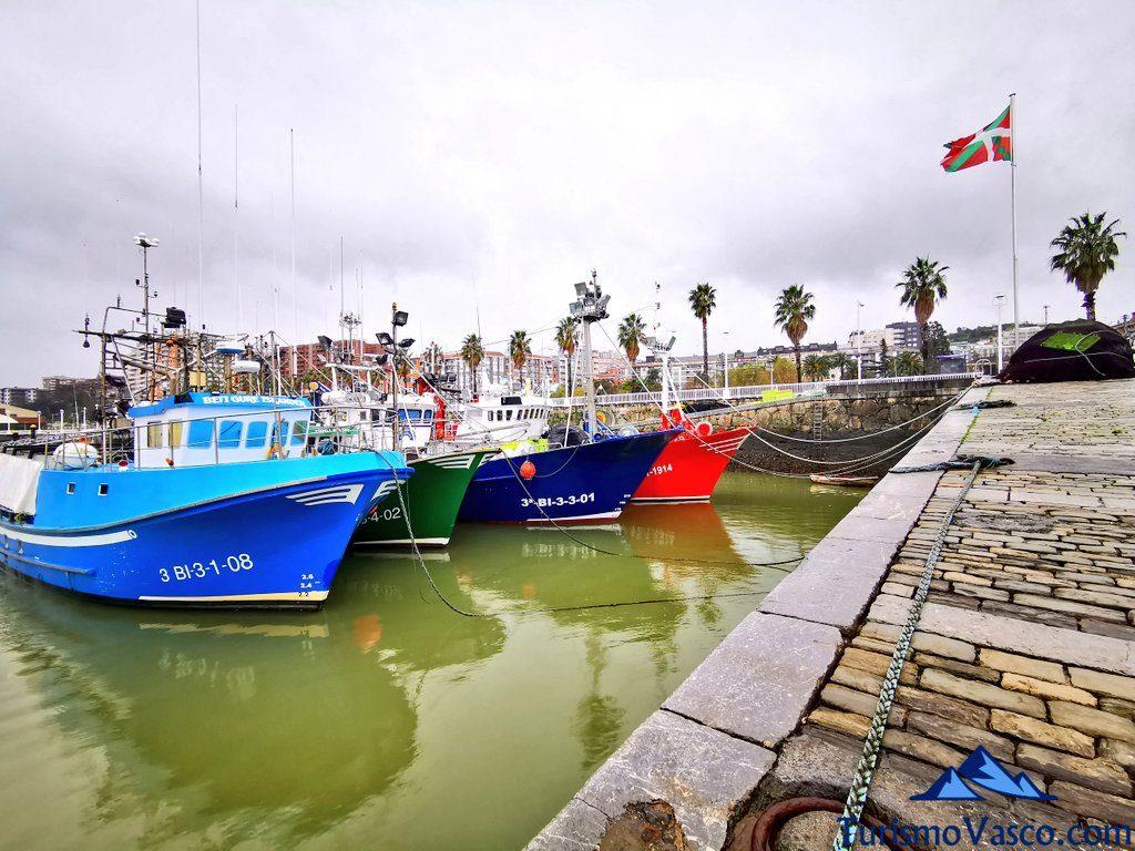 barcos pesqueros santurtzi, Santurtzi qué ver