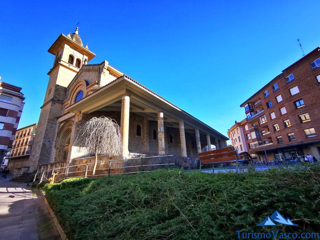 iglesia de san pedro de mungia, Mungia qué ver y hacer