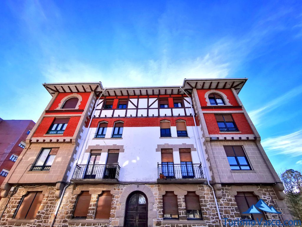 palacio Aita Elorriaga, Mungia qué ver y hacer