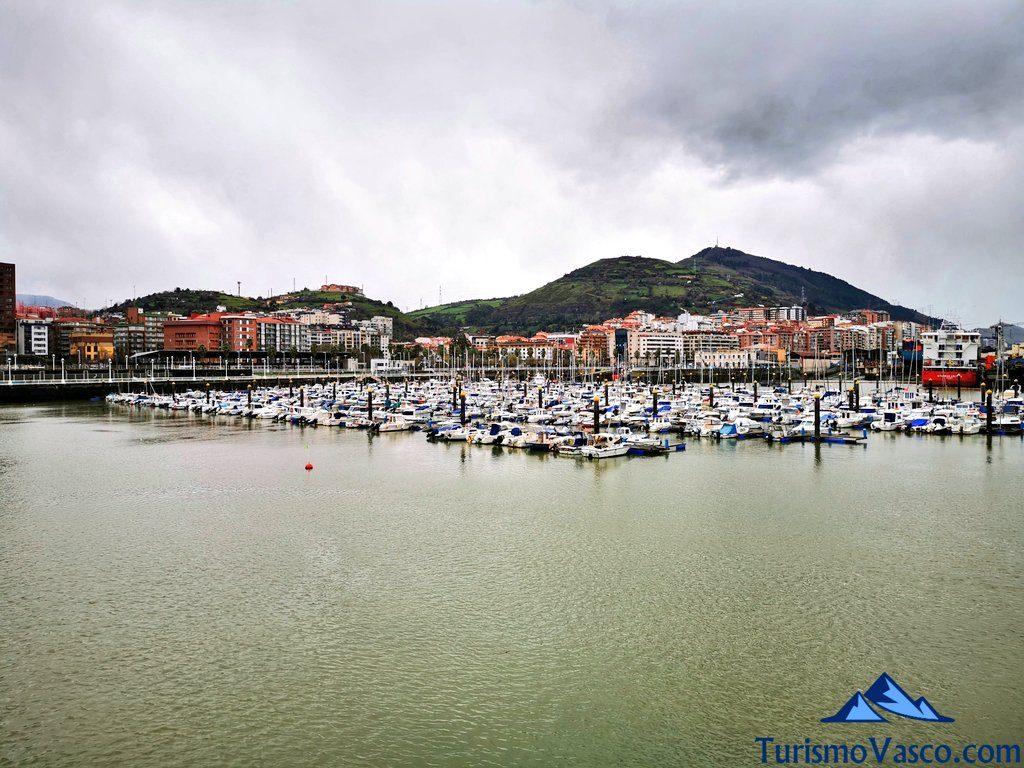 puerto deportivo de santurtzi, Santurtzi qué ver