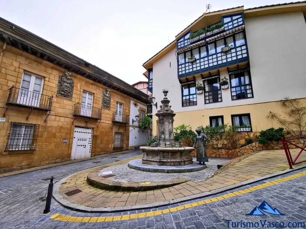 palacio olazabal y fuente san juan zumaia, Zumaia qué ver y hacer
