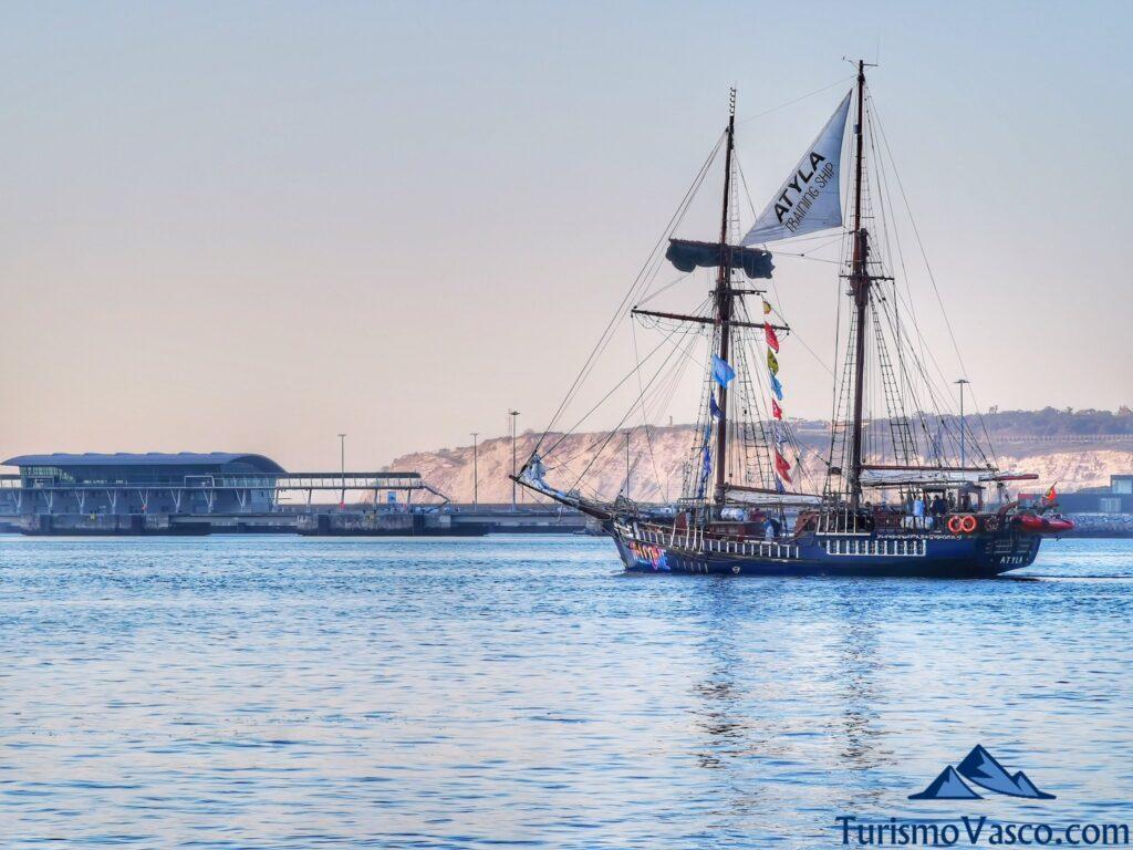 atyla en getxo, ruta velero pirata Atyla Bilbao