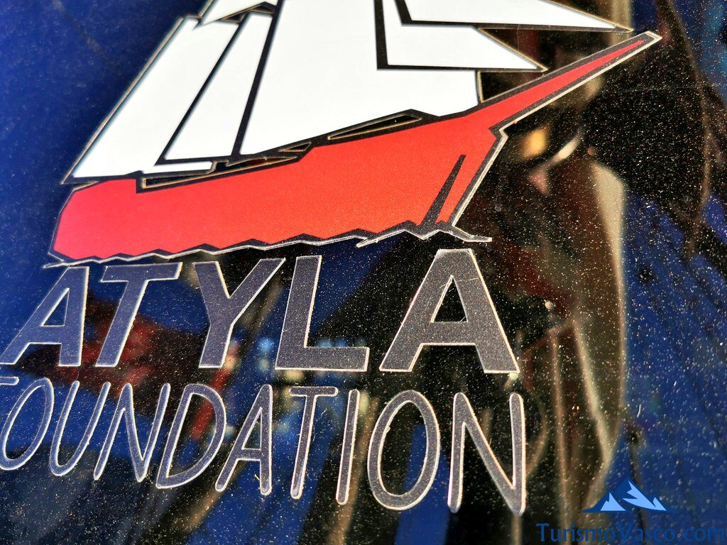logo atyla foundation, ruta velero pirata Atyla Bilbao