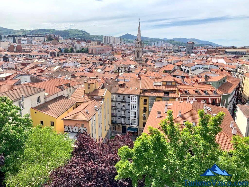 casco viejo de bilbao desde las escaleras de solokoetxe, qué ver en Bilbao