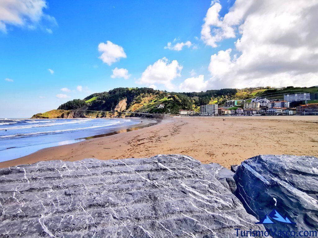 playa de Deba, playa de santiago, qué ver en Deba