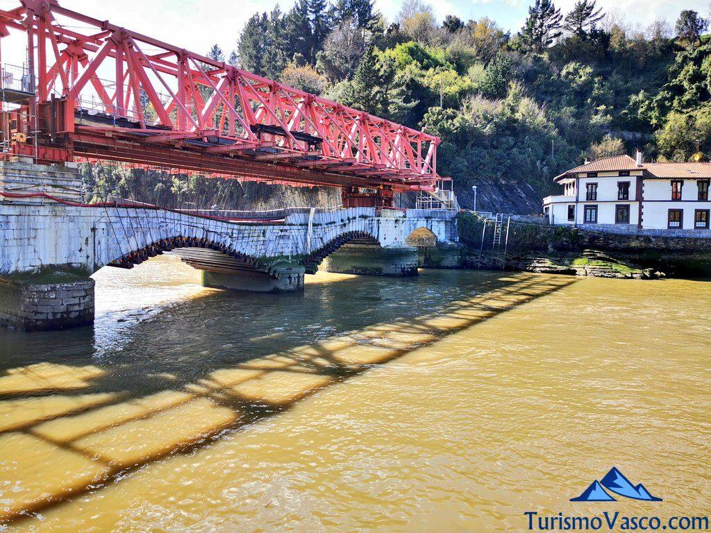 puente entre deba y mutriku, qué ver en Deba