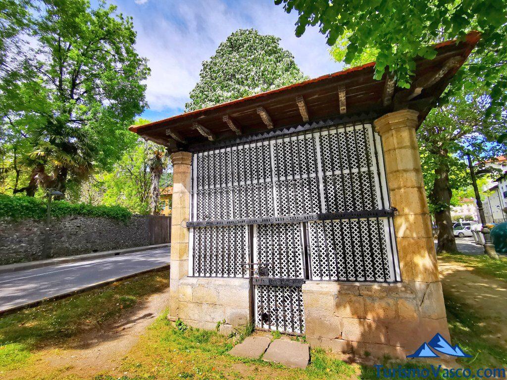 ermita de santa cruz elizatxiki markina xemein, qué ver en Markina Xemein