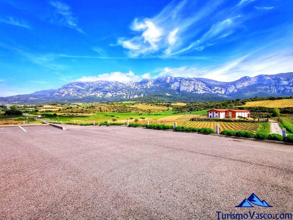 vistas desde la bodega Lozano, visitas guiadas a bodegas de Rioja Alavesa