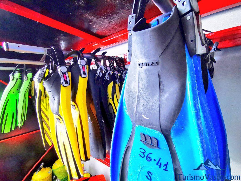 aletas de buceo, buceo en Hondarribia