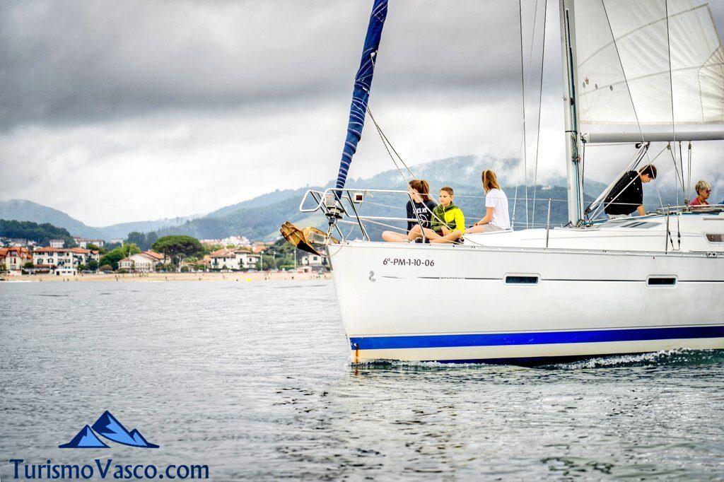 alquiler de velero en Hondarribia, alquiler de barcos en Euskadi