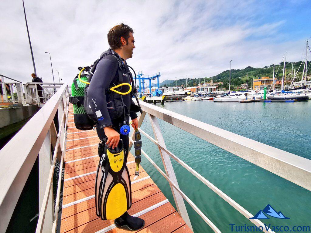 embarcando para bucear, buceo en Hondarribia, curso de buceo en Hondarribia