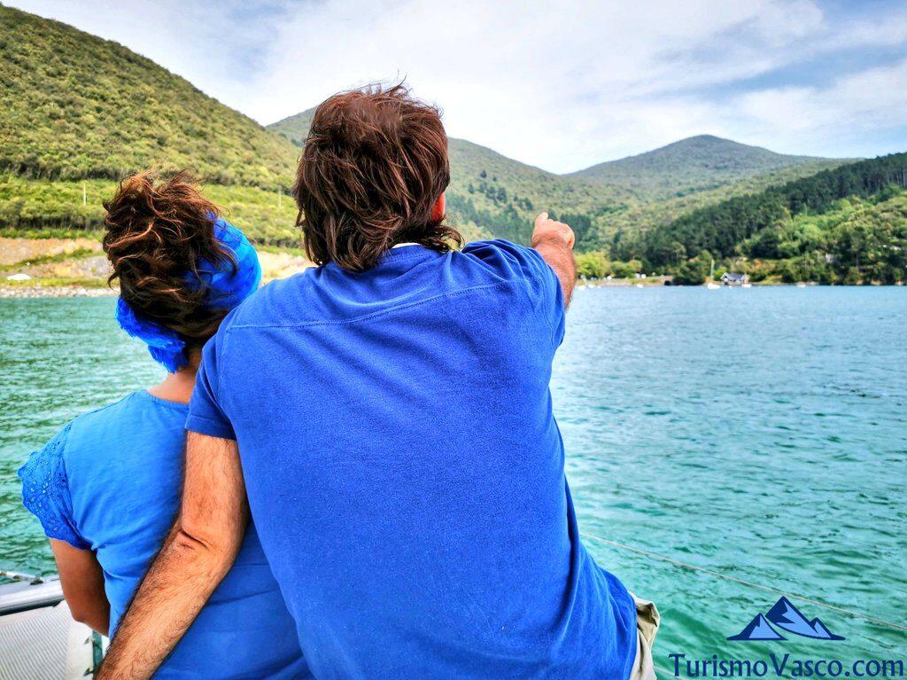 planes para parejas, ruta en barco en la ría de Urdaibai, alquiler de barco en Urdaibai
