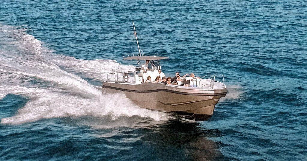 rutas regulares a pasaia y hondarribia, rutas en barco en donostia san sebastian, alquiler de barco en donostia san sebastian