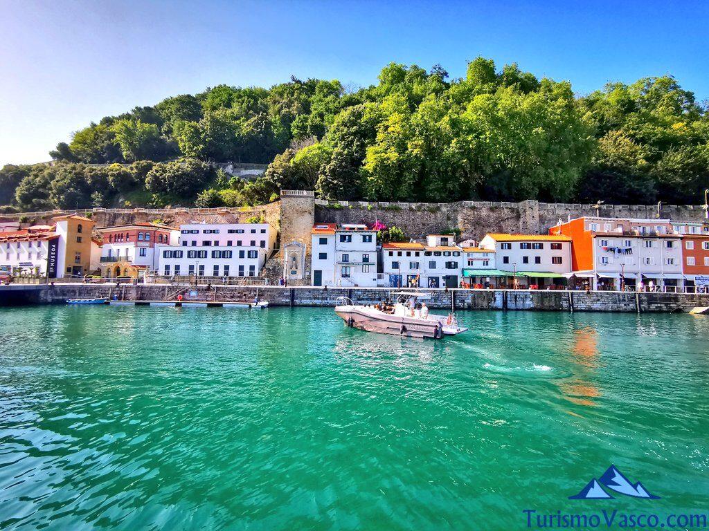 puerto de donostia san sebastian, rutas en barco en donostia san sebastian, ruta en barco a Pasaia, ruta en barco a Hondarribia