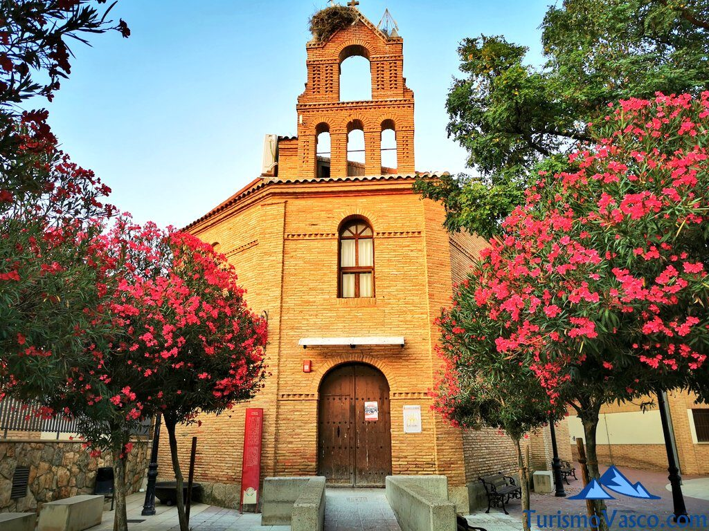 iglesia san miguel de arguedas, qué ver en Arguedas
