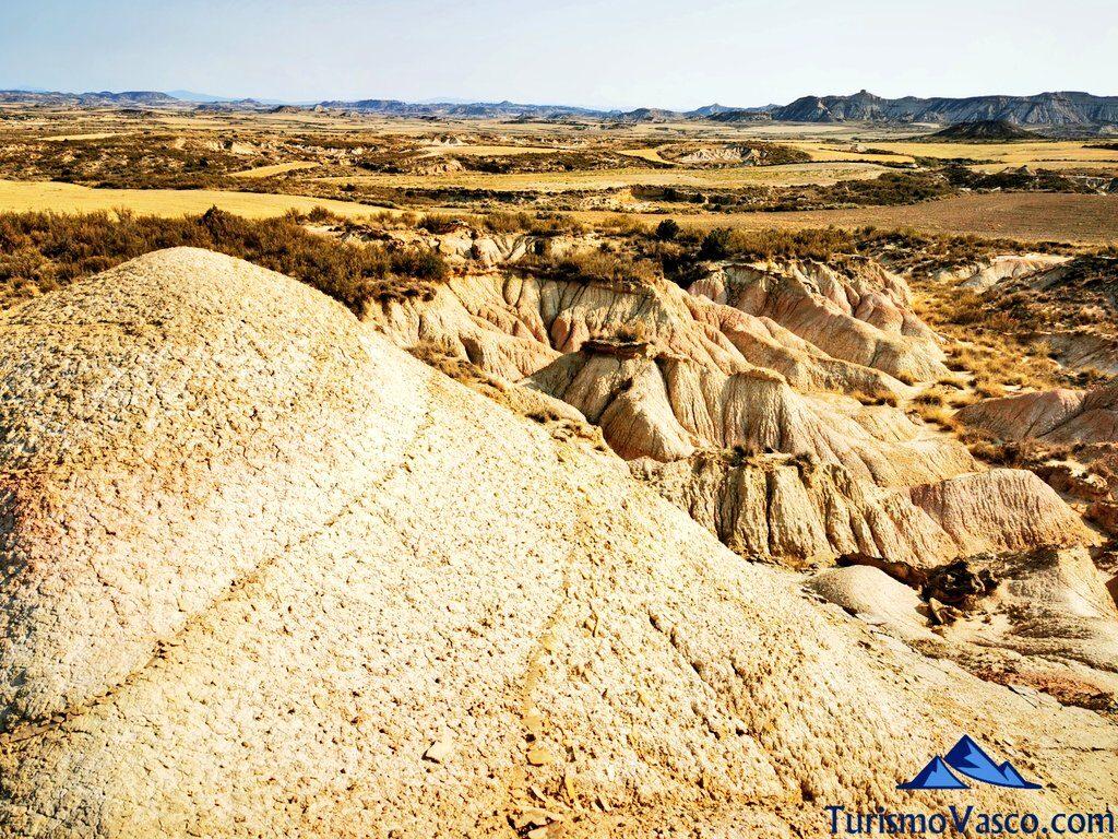 paisaje desertico de las bardenas, qué ver en las bardenas