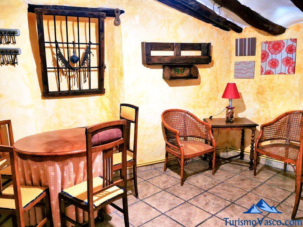 sala de la casa rural bardena blanca, casa rural en las Bardenas