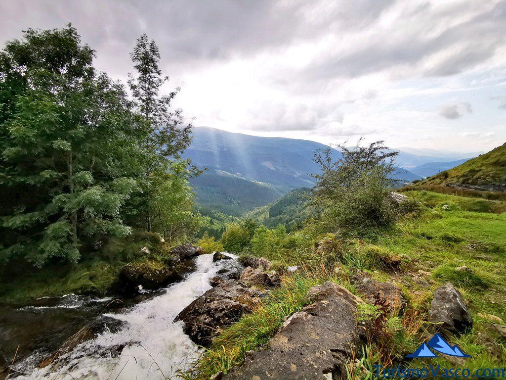 cascada de Aldabide, Gorbeia, Orozko